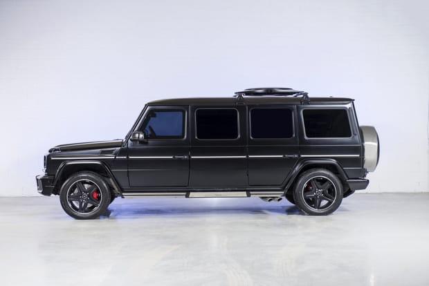 Une limousine tout-terrain aux surfaces blindées