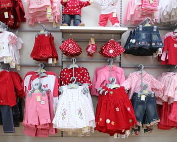 l'activité des magasins de vêtements pour enfant s'est retournée en moins d'un