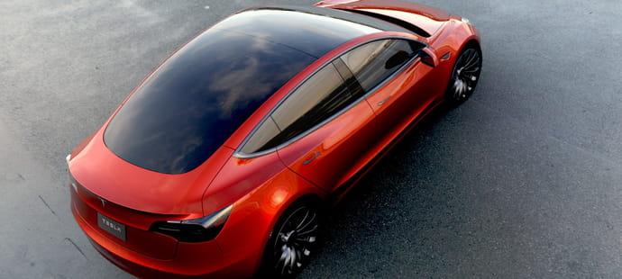 Tesla défie la gravité à Wall Street