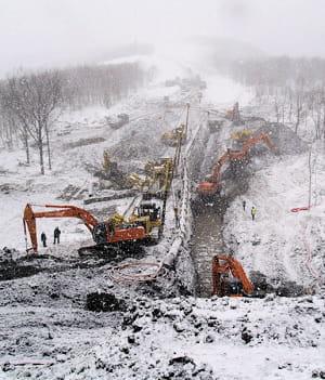 a l'extrême nord de la russie, saipem pose des pipelines dans les pires