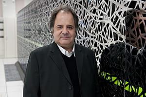 jean-michel alimi, directeur de recherche au cnrs en charge du projet deus, pose