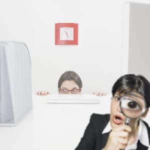 un management directif avec des collaborateurs expérimentés génère un manque de