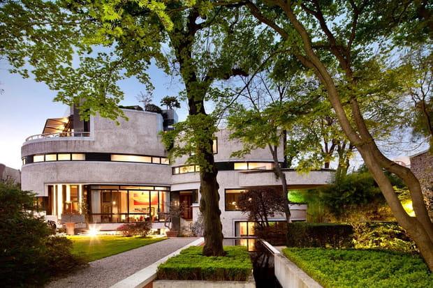 une villa d 39 architecte paris. Black Bedroom Furniture Sets. Home Design Ideas