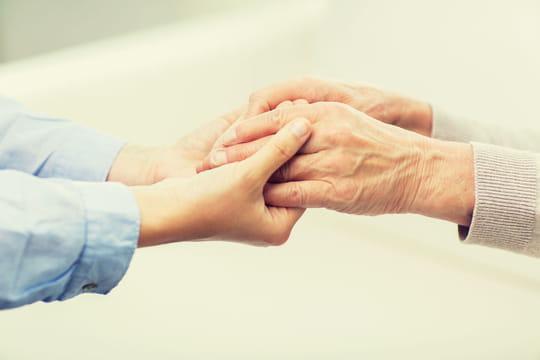 Congé de proche aidant: montant du salaire, conditions et durée