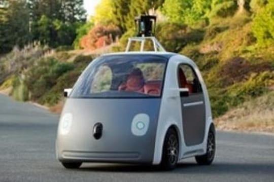 """Google aura """"besoin d'aide"""" pour la """"prochaine étape"""" de son projet de voiture autonome"""