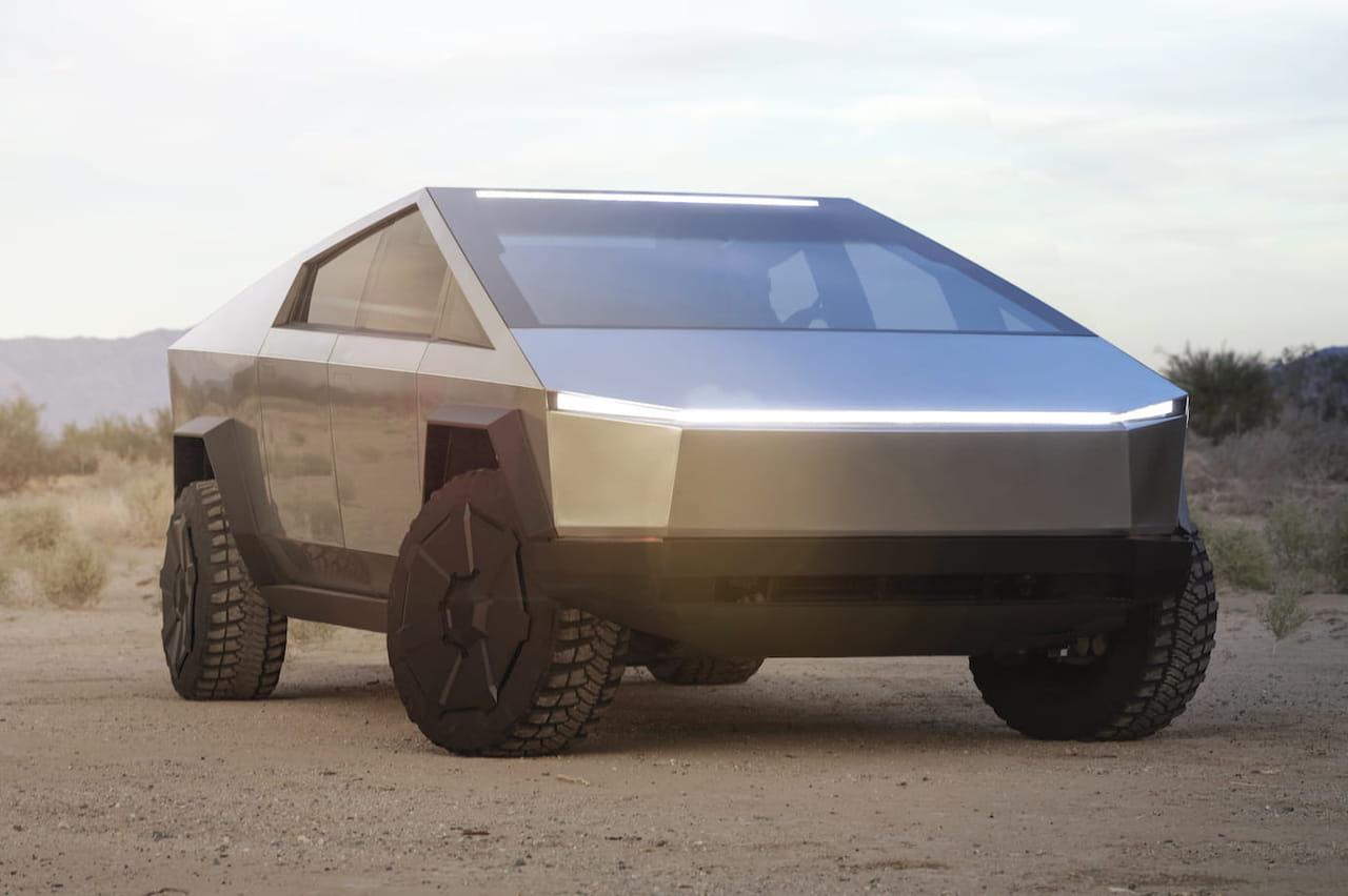 Tesla: Musk dévoile le Cybertruck, un pickup au design extraterrestre