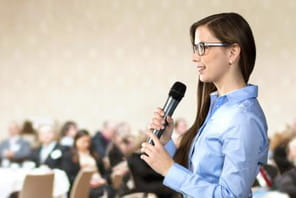 Sept excellentes façons de démarrer une présentation