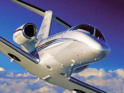 le journal du net a retrouvé la trace de 25 jets utilisés par des grands patrons