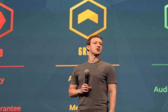 Apps mobiles : Facebook compte tirer parti des défauts de l'App Store