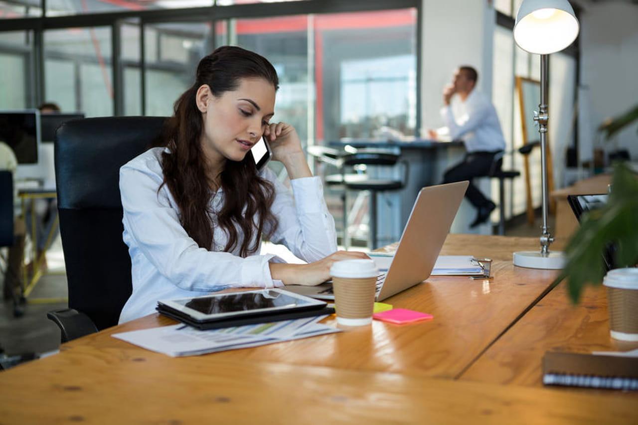 Devenir Commercial Formation Diplome Salaire