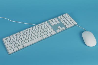 le clavier est ultra-plat