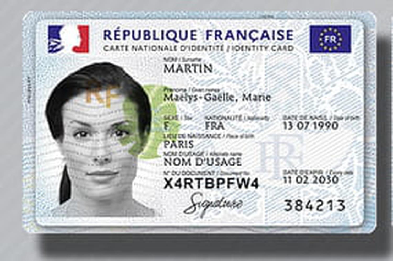 Carte d'identité biométrique: caractéristiques, demande...