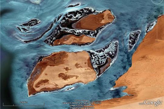 Des îles à la fois désertiques et végétales
