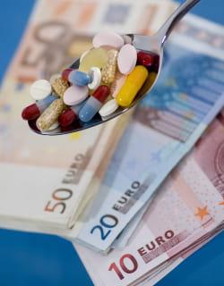 l'assurance maladie continue de rembourser des médicaments dont le service