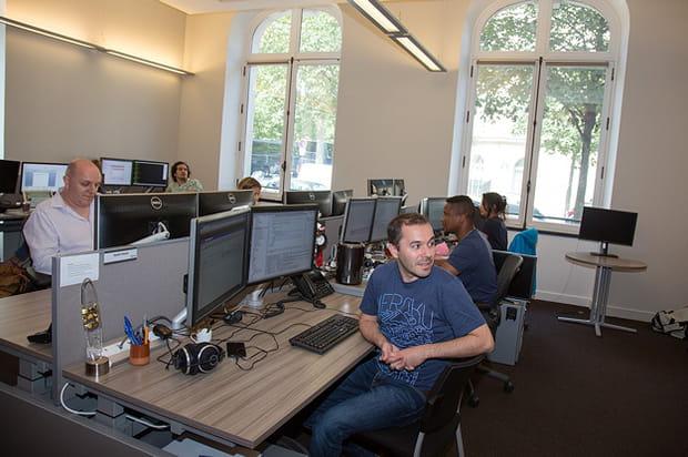 Des ingénieurs travaillent sur Service Cloud, une application qui pèse 1,3 milliard de dollars