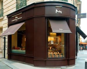 la marque possède un magasin dans la rue du faubourg saint-honoré, à deux pas du