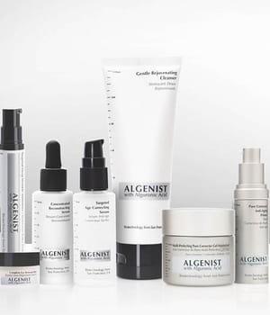 les actifs des produits de beauté algenist régénèrent la peau et maintiennent
