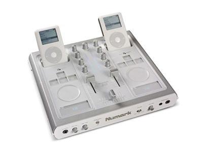 une table de mixage pour deux ipod avec une belle quantité de fonctionnalités.