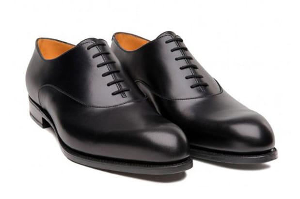 Une paire de chaussures J.M. Weston