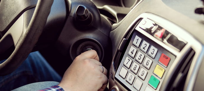Paiement embarqué: les constructeurs auto accélèrent