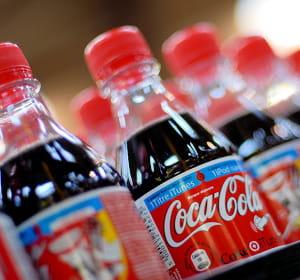 coca-cola reste à la première place