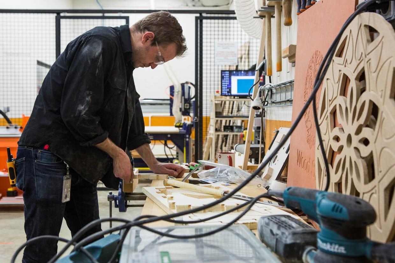Un atelier bois faire p lir n 39 importe quel menuisier - Techshop leroy merlin ...