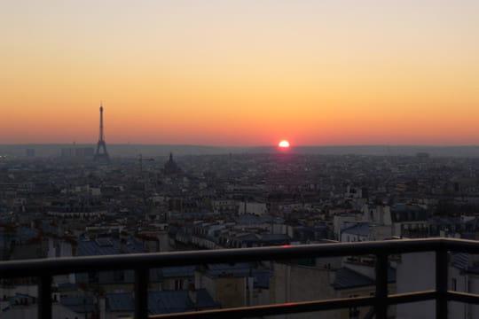 Vue imprenable sur Paris depuis la maison de Dalida