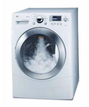 lg commercialise une gamme de lave-linges vapeur. prix : 899 à 999 euros.