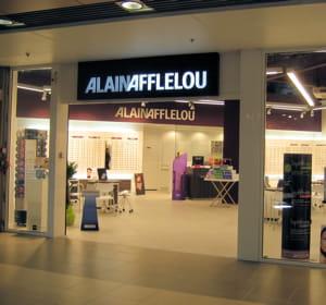le fondateur, alain afflelou, a conservé la présidence du groupe éponyme.