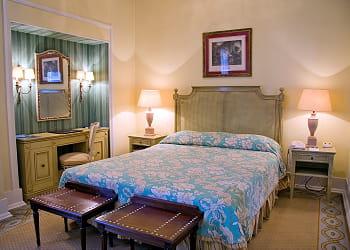 chambre à 150 euros à l'avenida palace
