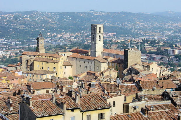 5e : Grasse (Alpes-Maritimes), 40,4 mètres carrés de pouvoir d'achat