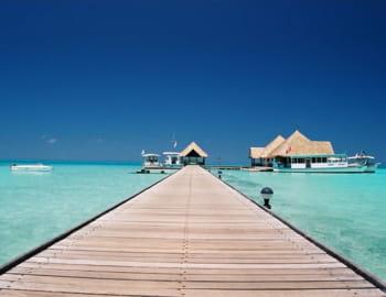 un club de vacances aux maldives.