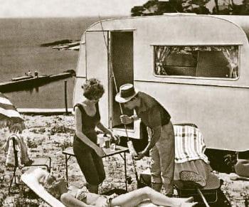 trigano a d'abord commercialisé du textile.