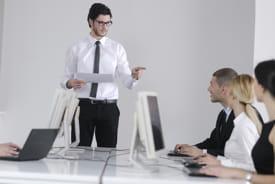 si la réunion n'a qu'un caractère informatif, l'animateur choisira un style