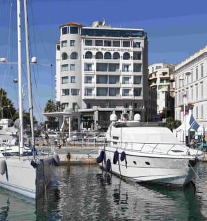 l'ex-hôtel 1835 white palm hotel racheté par la marquee radisson blu.