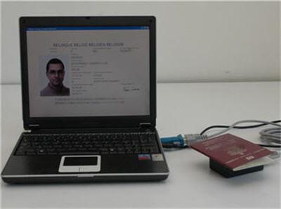 matériel utilisé pour le clonage du passeport biométrique belge.
