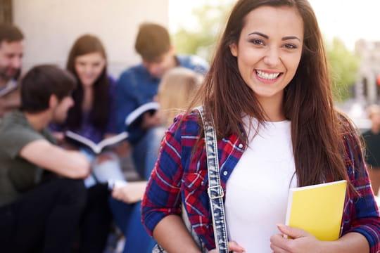 Bourse étudiante 2019-2020: conditions, demande et simulation