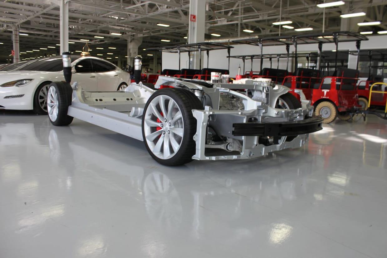 voiture sans carrosserie