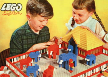 la brique lego a fêté ses 50 ans en 2008.