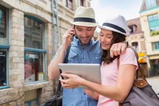 Comment le mobile redessine peu àpeu le secteur du tourisme