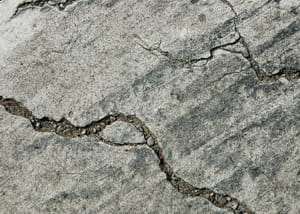 des bactéries incrustées dans le béton permettront de colmater les fissures dans