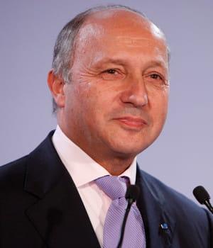 laurent fabius, ministre des affaires étrangères et du développement