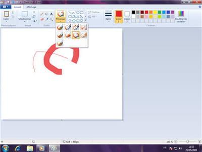 l'interface de paint a été entièrement conçue pour les interfaces tactiles