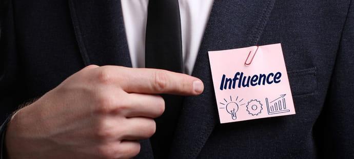 Comment être influent au bureau