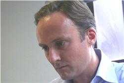 betrand stephann a quitté auféminin en 2010.