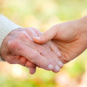 la prise en charge à venir des personnes âgées implique, de facto, la création