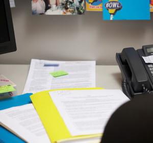 des formulaires à remplir vous attendent peut être sur votre bureau.
