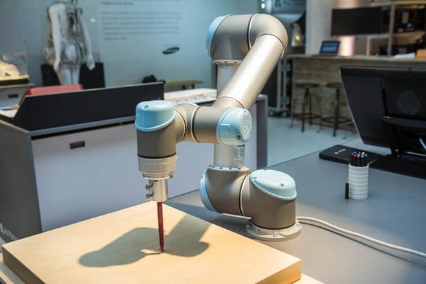 Art robotique hybride