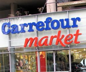 carrefour market a remplacé l'intégralité des enseignes champion.