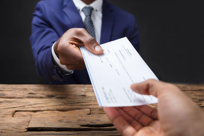 Chèque de banque: délai, validité et prix d'un chèque certifié